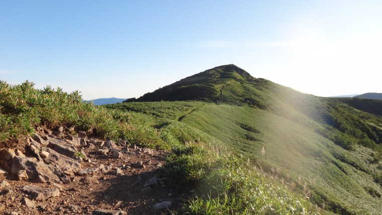 白樺山の登山道